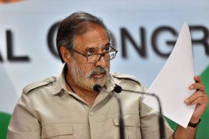 New Delhi: Senior Congress leader Anand Sharma addresses a press conference at AICC headquarters, in New Delhi, Sunday, Sept 23, 2018. (PTI Photo/Subhav Shukla) (PTI9_23_2018_000056B)