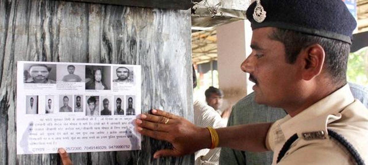 eight-members-of-simi-escape PTI Files