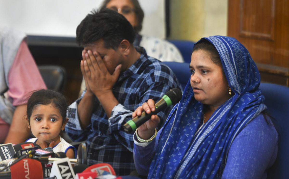 Bilkis Bano, who was gang-raped during the 2002 riots in the state, addresses a press conference, in New Delhi, Wednesday, April 24, 2019. The Supreme Court on Tuesday directed the Gujarat government to give Rs 50 lakh compensation, a job and accommodation to Bano. (PTI Photo)