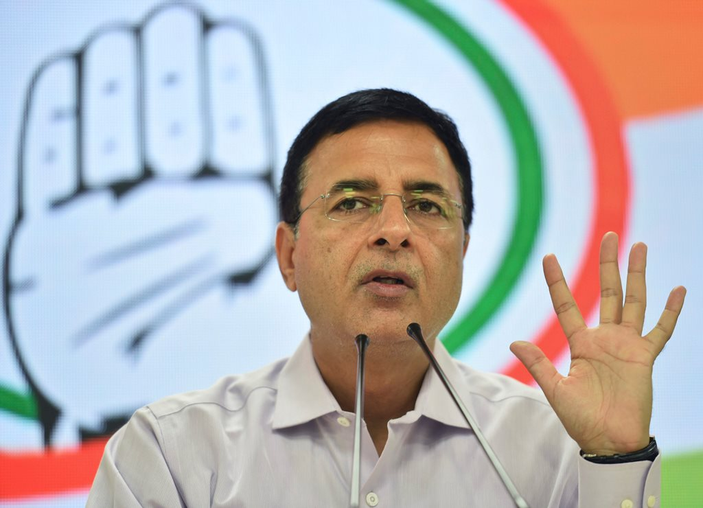 New Delhi: Congress spokesperson Randeep Singh Surjewala addresses a press conference over the alleged vandalization of Ishwar Chandra Vidyasagar's statue during clashes between BJP and TMC workers, in New Delhi, Thursday, May 16, 2019. (PTI Photo/Arun Sharma)(PTI5_16_2019_000023B)