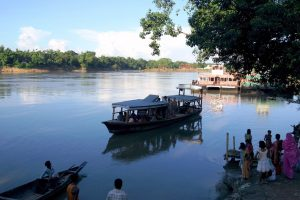 Barak_River_in_Silchar Wikimedia Commons