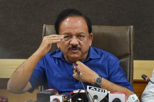 New Delhi: Union Health Minister Harsh Vardhan addresses a press conference in relation to NMC Bill 2019, in New Delhi, Thursday, Aug 8, 2019. (PTI Photo/Manvender Vashist) (PTI8_8_2019_000094B)