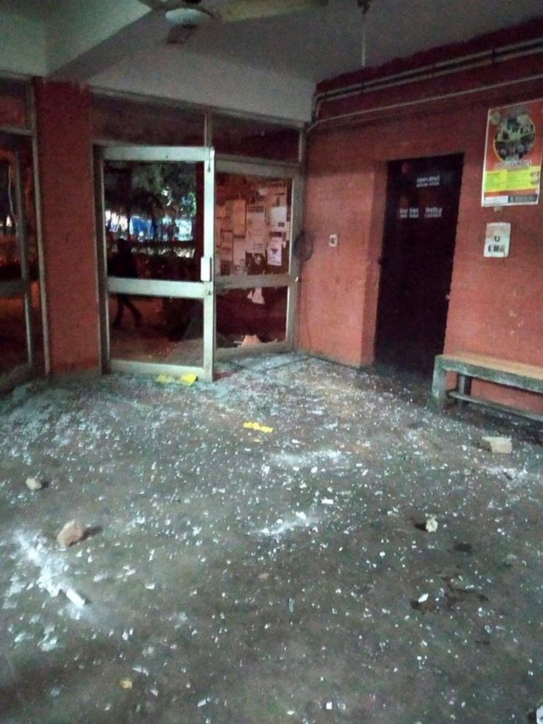 **EDS: TWITTER IMAGE RELEASED BY @JNUSUofficial , JAN. 5, 2020** New Delhi: A view of vandalized JNU campus, New Delhi, Sunday. (PTI Photo) (PTI1 5 2020 000176B)