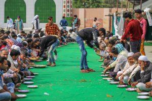 मुस्तफाबाद में दंगा पीड़ितों के लिए बना राहत शिविर. (फोटो: पीटीआई)