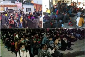 भारत-नेपाल सीमा पर फंसे नेपाली कामगार ( ऊपर बाएं), जिन्हें बाद में नौतनवा इंटर कॉलेज ले जाया गया है. (फोटो: राजेश जायसवाल)