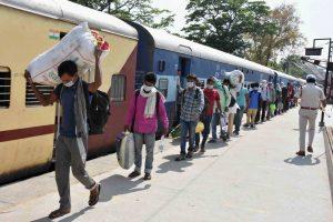 विशेष श्रमिक ट्रेन (फोटो: पीटीआई)