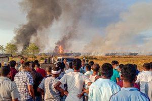 ऑयल इंडिया के कुएं में लगी आग. (फाइल फोटो: पीटीआई)