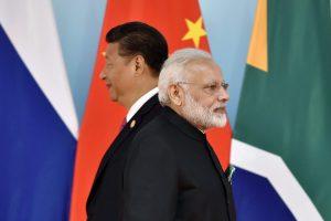 चीन के राष्ट्रपति शी जिनपिंग और भारत के प्रधानमंत्री नरेंद्र मोदी. (फोटो: रॉयटर्स)