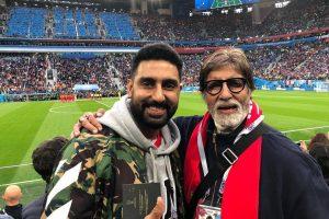 अभिषेक बच्चन और अमिताभ बच्चन. (फोटो साभार: फेसबुक)