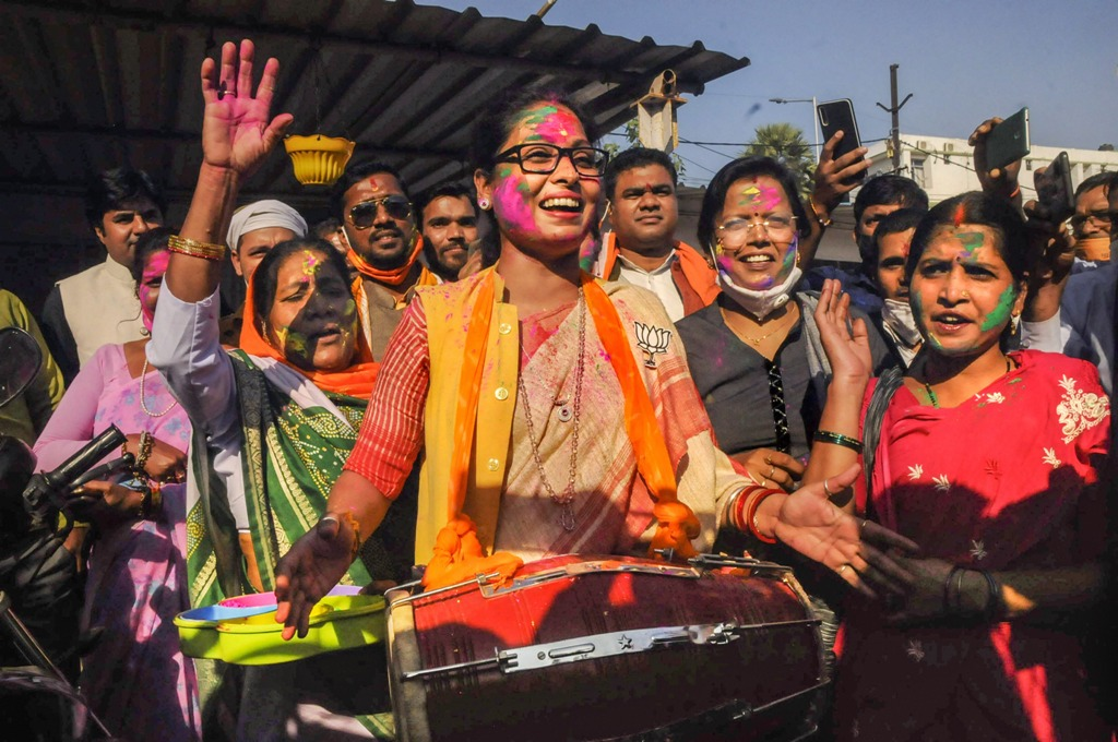 Patna: BJP supporters react during counting day of Bihar Assembly polls, in Patna, Tuesday, Nov. 10, 2020. (PTI Photo)(PTI10-11-2020 000068B)