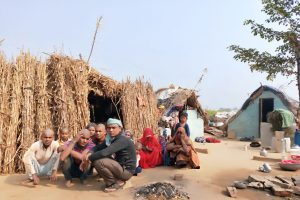 मृतक रामजी लाल राठौर का परिवार. (सभी फोटो: दीपक गोस्वामी)
