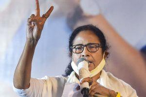 विधानसभा चुनाव में जीत के बाद ममता बनर्जी. (फोटो: पीटीआई)