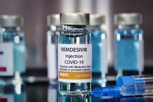 रेमडेसिविर इंजेक्शन. (फोटो साभार: फेसबुक/Hospital Moinhos de Vento)