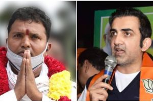 श्रीनिवास बी.वी. (बाएं) और गौतम गंभीर. (फोटो साभार: फेसबुक)