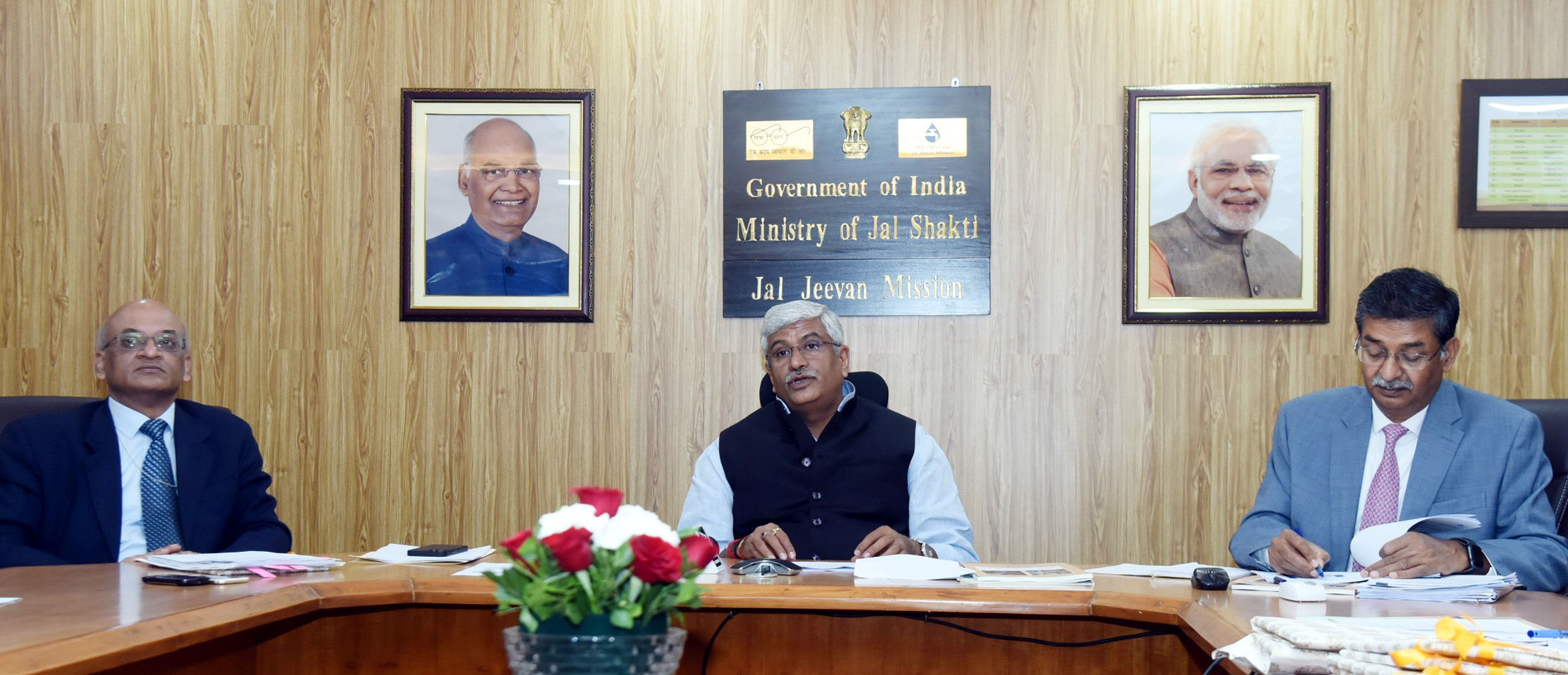 The Union Minister for Jal Shakti, Shri Gajendra Singh Shekhawat chairing a National Conference of States/ UTs Ministers on Jal Jeevan Mission, in New Delhi on March 13, 2021.<br /> The Secretary, Ministry of Jal Shakti, Shri Pankaj Kumar is also seen.